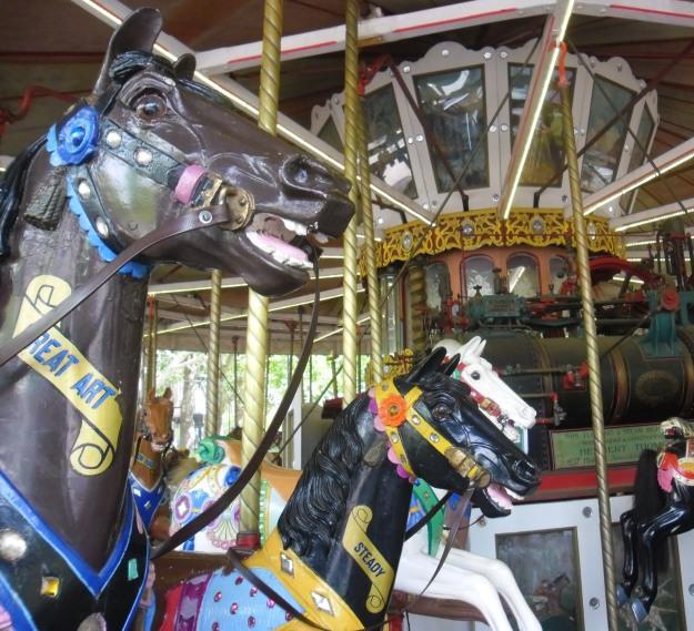 Carousel2