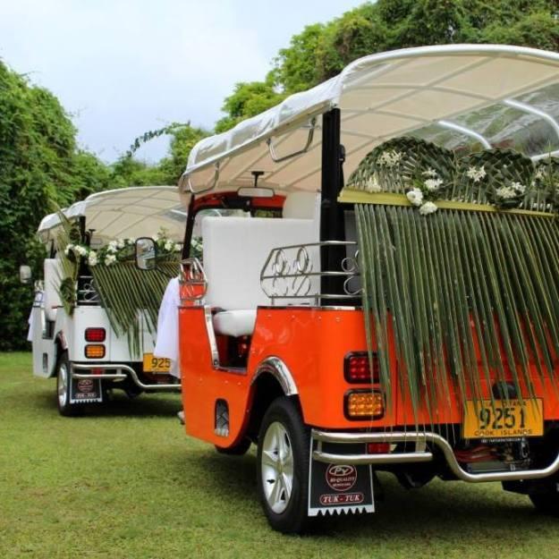 Wedding tuk-tuk train - photo Tik-e tours
