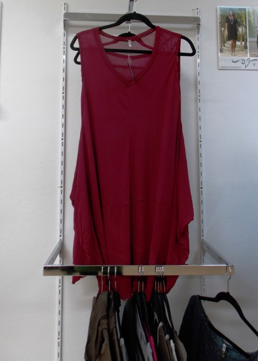 Vigorella tunic available in red and black