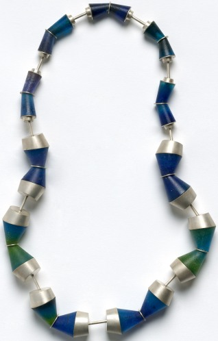 Ocean blue, necklace 2009 in sterling silver, cast glass pâte-de-verre, and stainless steel by Helen Aitken-Kuhnen National Gallery of Australia, Canberra Purchased 2009 with funds from the Meredith Hinchliffe Fund