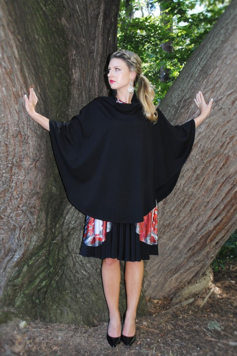 Flared black cape - also available in red