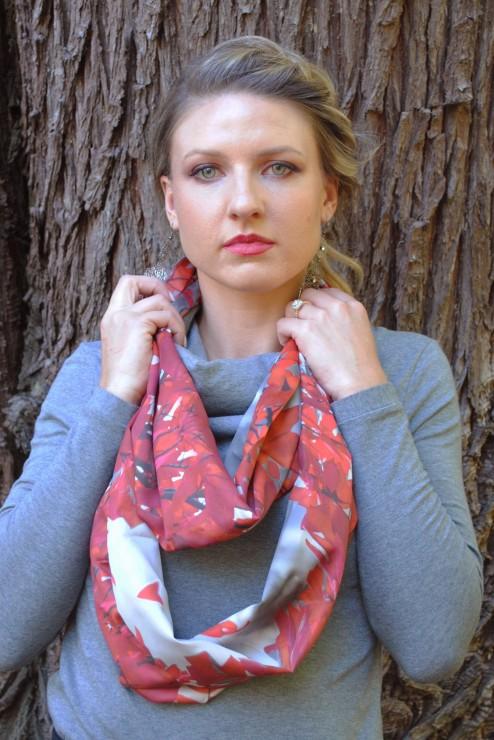 Vivid Loop scarf