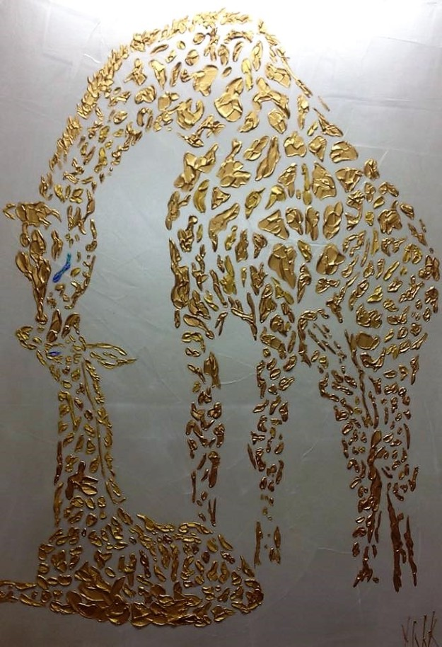 Stunning artwork of mother and baby giraffe by local artist Yvette Fitzpatrick Art