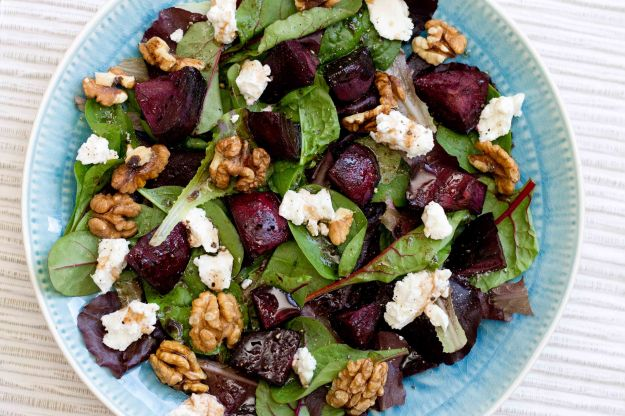 beetroot-walnut-salad
