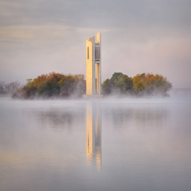 thumbnail_Scott-Leggo-morning-fog-lake-burley-griffin-canberra